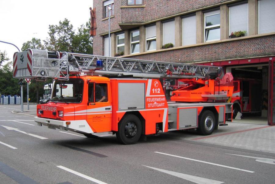 DLA-K 23/12 (Florian Stuttgart 19/33-01)